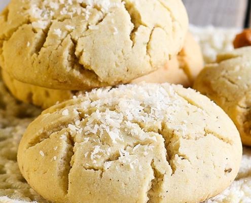 Biscuiți vegani cu făină de orez și de cocos
